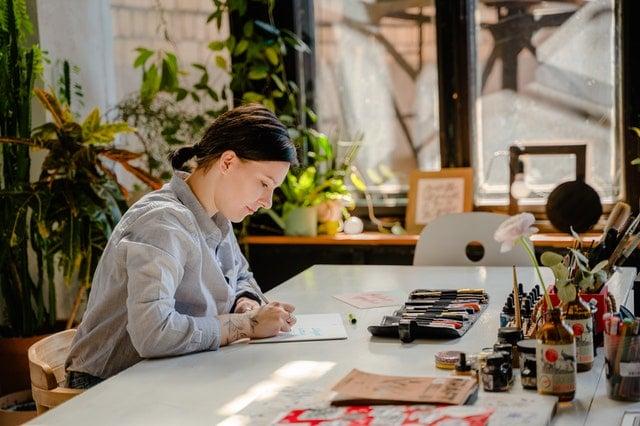 affiliation travaille comme un artisan